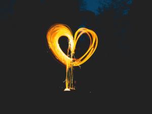 Light painting hart schilderen met light smartphone apps lange sluitertijd creativiteit pubers