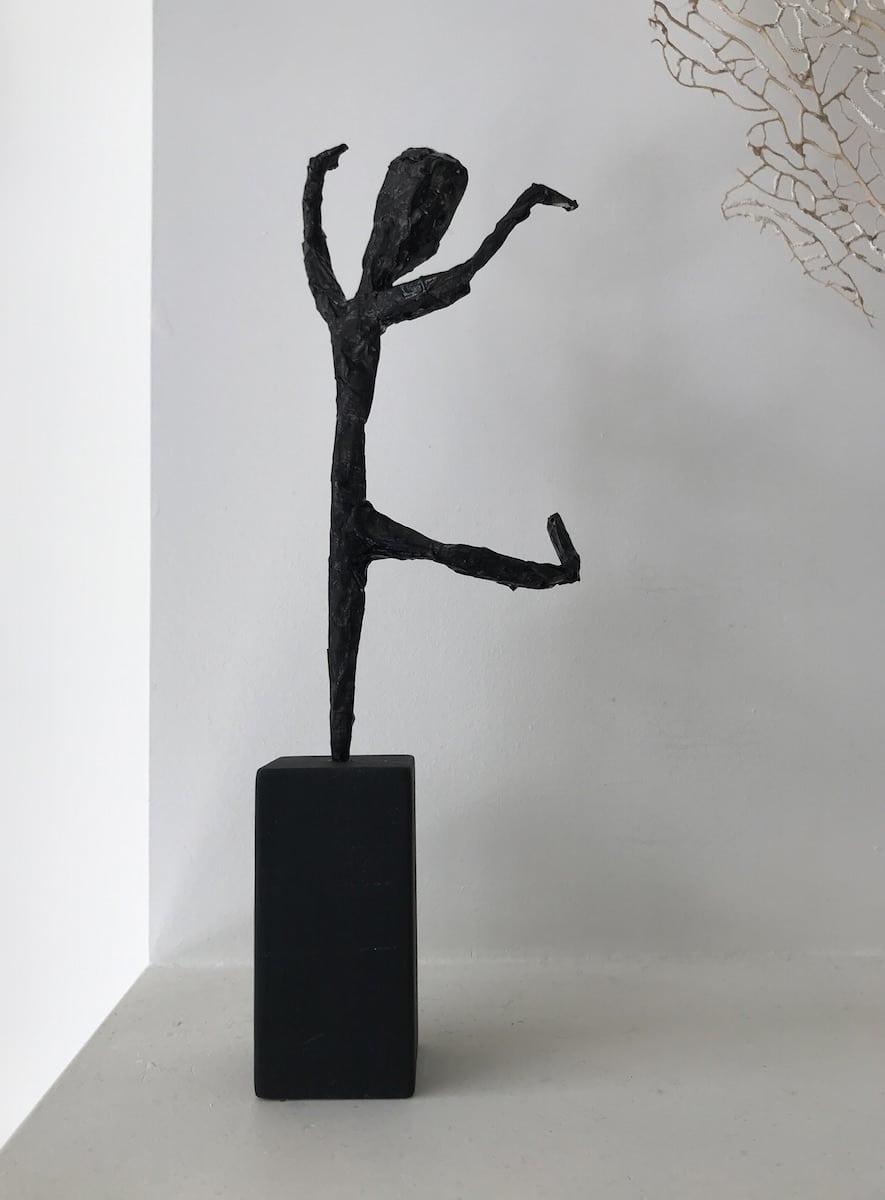 IJzerdraad beeldje knutselen Giacometti schilderstape verf