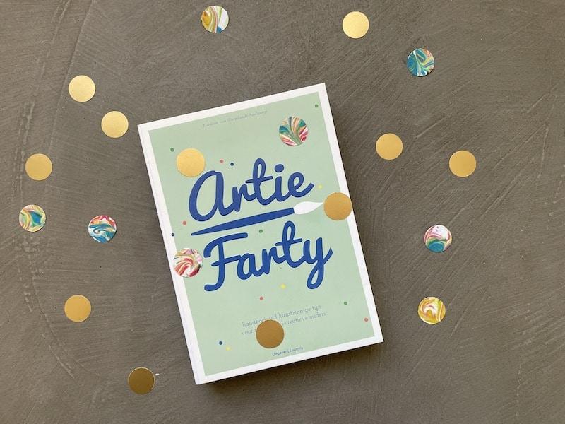 Artie Farty marmeren met scheerschuim en verf_confetti DIY kopie